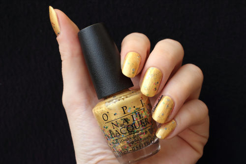 O.P.I OPI NL H76 Pineapples Have Peelings Tool