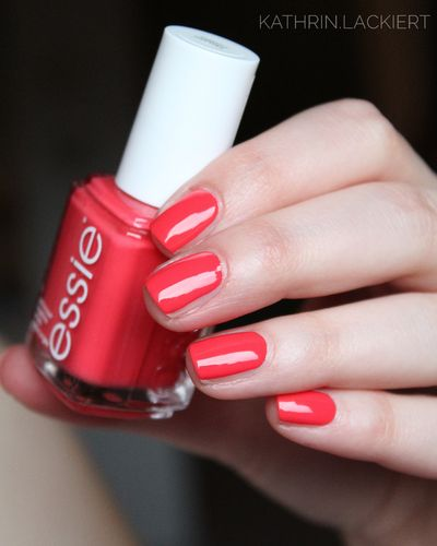 Essie EU 373 Sunset Sneaks